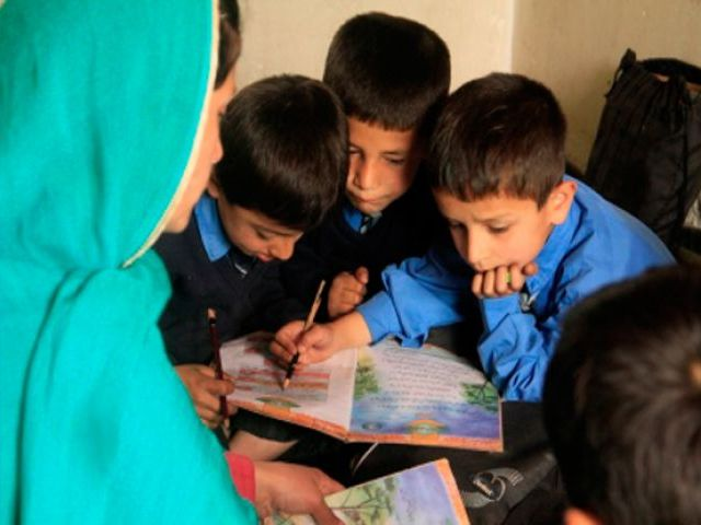 Develop new educational practices to boost learning, say experts atAga Khan University's Institute for Educational Eevelopment