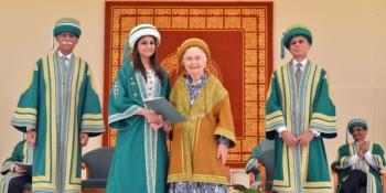 Aga Khan University Convocation 2015: graduates urged to strengthen civil society