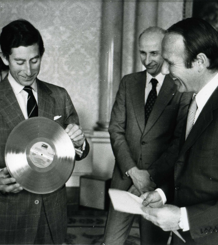 """Prince Charles was given the record """"Golden Soul"""" by the UN High Commissioner for Refugees Sadruddin Aga Khan (right) during a ceremony. (Image credit: UNHCR Photos/ 1977)"""