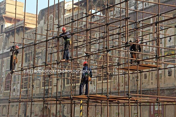 Aga Khan Trust for Culture Pakistan starts renovation of outer wall of Lahore Fort