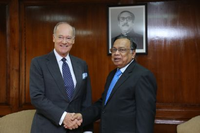 Prince Amyn Aga Khan Presents Credentials to Bangladesh, Visits AKDN Sites