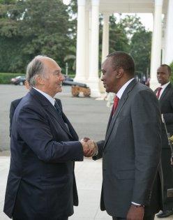 President Kenyatta welcomes the Aga Khan to State House, Nairobi