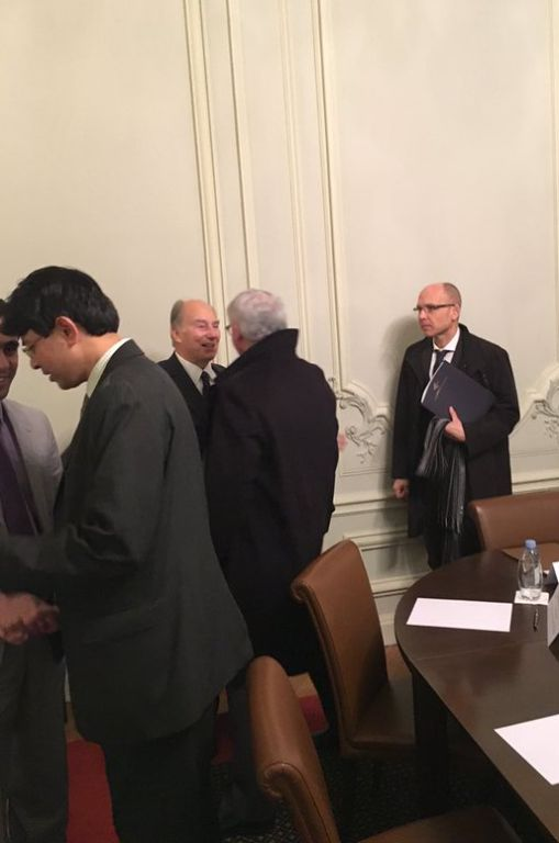 His Highness Prince Karim Aga Khan hosts ADI board meeting in Paris