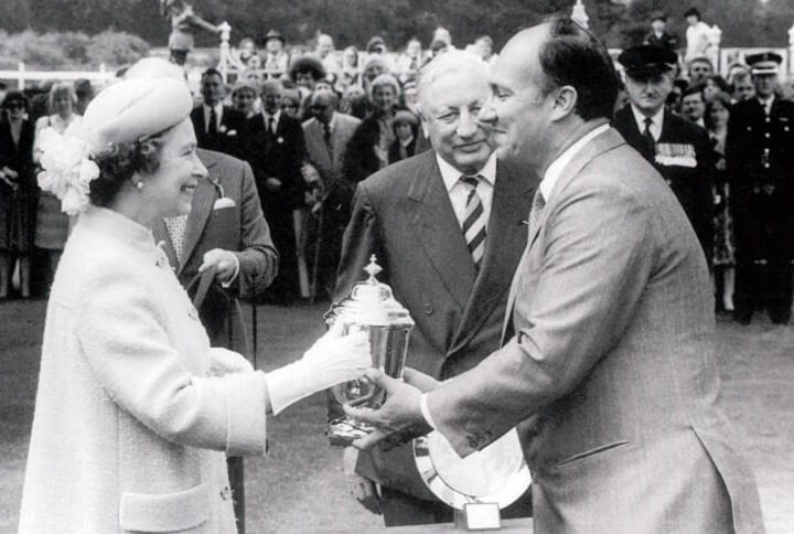 Her Majesty Queen Elizabeth II and His Highness Prince Karim Aga Khan IV at Ascot after Shergar's victory in the King George VI Queen Elizabeth Stakes (Photo by Getty Images)
