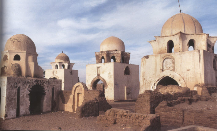 Tombs in the Aswan necropolis, 12th century. Photo: Sibylle Mazot/Islam Art & Architecture