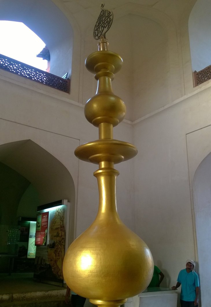 A Close Look at recently Installed Gold Finial of Humayun Tomb