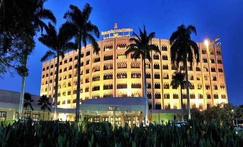 Serena Hotels named Africa's top hotel brand at world gala
