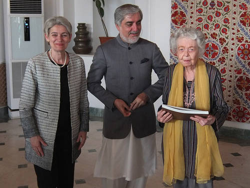 UNESCO Director-General Irina Bokova, Chief Executive of Afghanistan, Dr. Abdullah Abdullah, and the Director of the Afghanistan Center at Kabul University, Nancy Dupree. (Image credit: UNESCO)