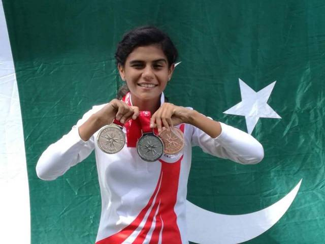 Shafaq Hasnain from Pakistan won gold medal in long jump, silver medal in relay, and bronze medal in 100 metre race.