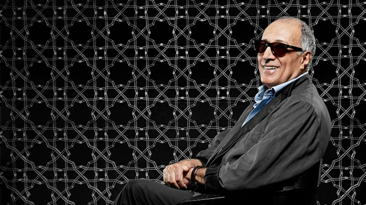 Born in Tehran June 22, 1940, formed the Fine Arts, director of advertising films, Abbas Kiarostami takes part in 1969 in the creation of the film department of the Institute for the Intellectual Development of Children and Young Adults (the Kanoun), in under which it will carry out numerous short films. (Image credit: Aga Khan Museum / le Desk)