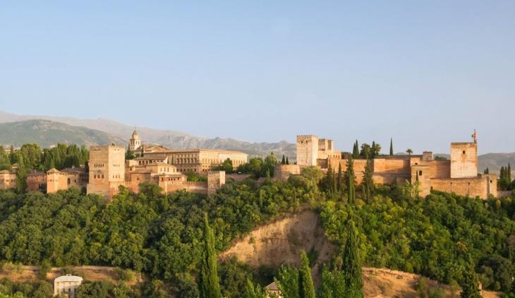 Álvaro Siza Brings the Alhambra to Toronto   Azure Magazine
