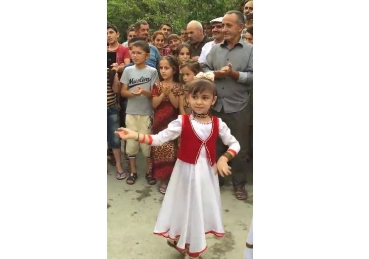 Tajikistani kids dancing