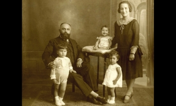 Exhibition tells story of oldest Ismaili community in Europe