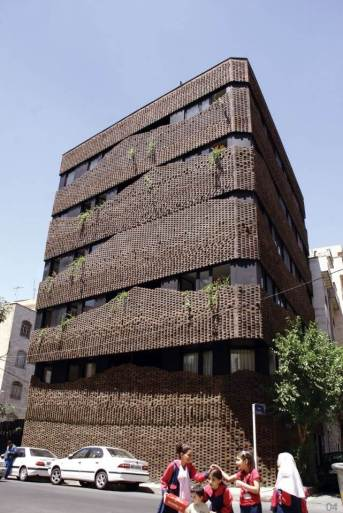 Persian carpets and building bricks fused into a contemporary facade, 40 Knots House, Tehran, Iran