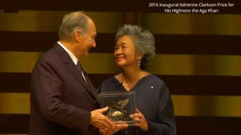 The Right Honourable Adrienne Clarkson with His Highness the Aga Khan after receiving the Prize for Global Citizenship. AKDN / Lisa Sakulensky