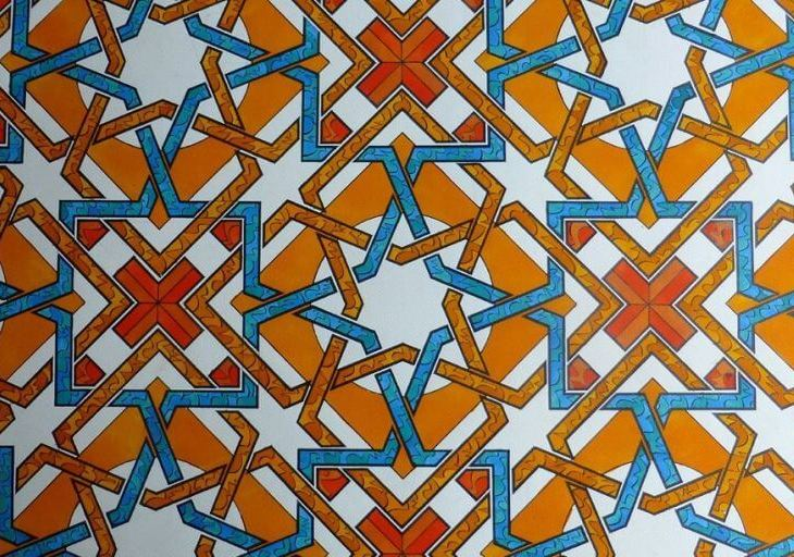https://www.theguardian.com/science/alexs-adventures-in-numberland/2015/feb/10/muslim-rule-and-compass-the-magic-of-islamic-geometric-design#img-1