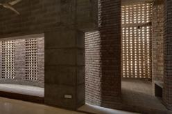 The prayer hall. Aga Khan Award for Architecture 2016 Winner: Bait ur Rouf Mosque Dhaka, Bangladesh