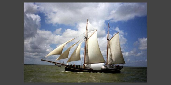 Ginan: Kheddo kheddo jemaani naavddi - Sail skillfully in the boat