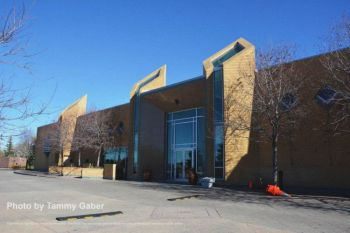Calgary Ismaili Jamatkhana and Centre: Calgary, Alberta | Beyond the divide
