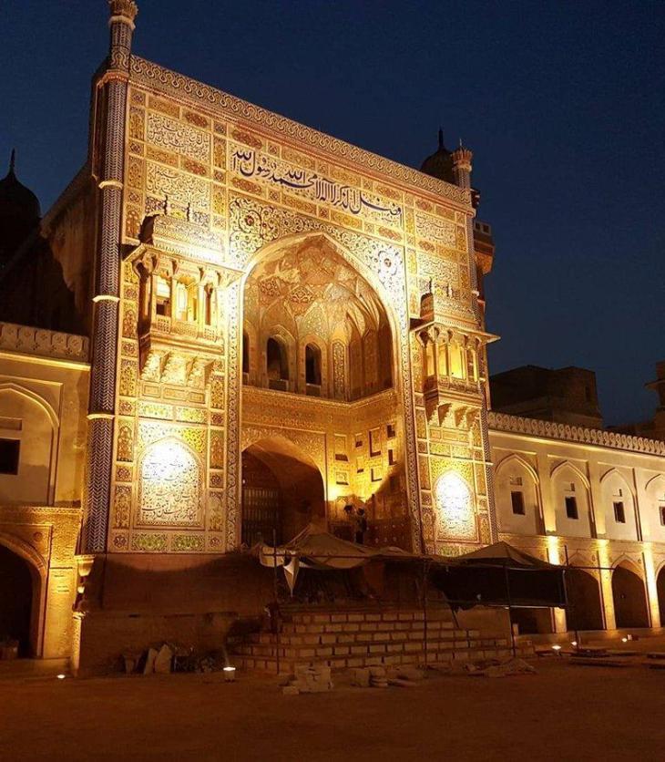 Rehabilitating urban spaces: Renovated Wazir Khan Chowk