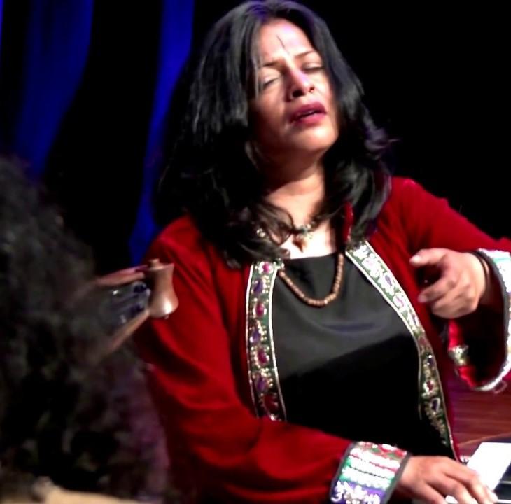 Unplugged - Toronto welcomes Abida Parveen (Azalea, Justin, Gurpreet) - YouTube