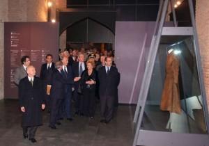 "His Highness the Aga Khan and guests arriving at the ""Splendori a Corte"" exhibition at the Palazzo della Pilotta in Parma. Photo: Roberto Ricci"