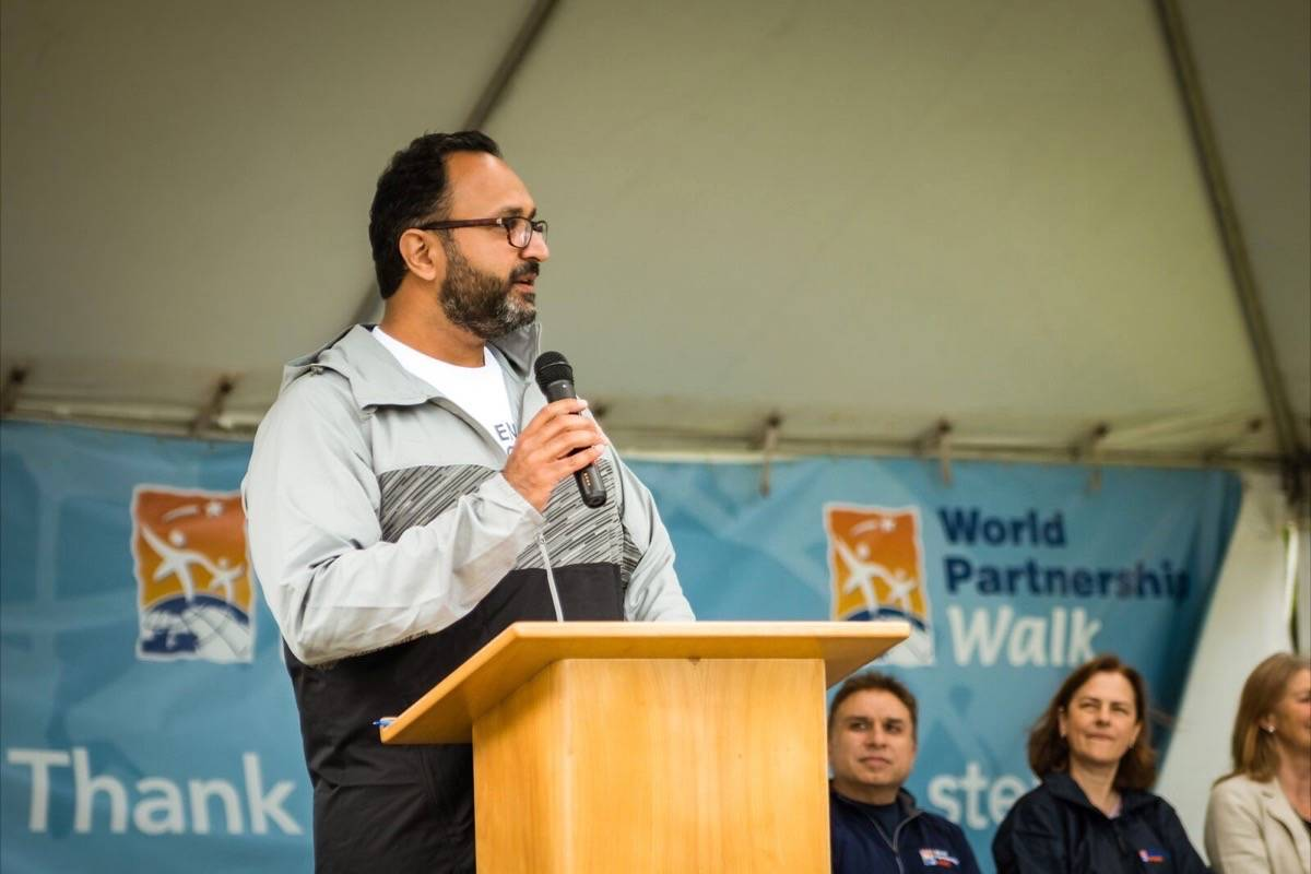 Walk to end global poverty at University of Victoria campus, Sunday