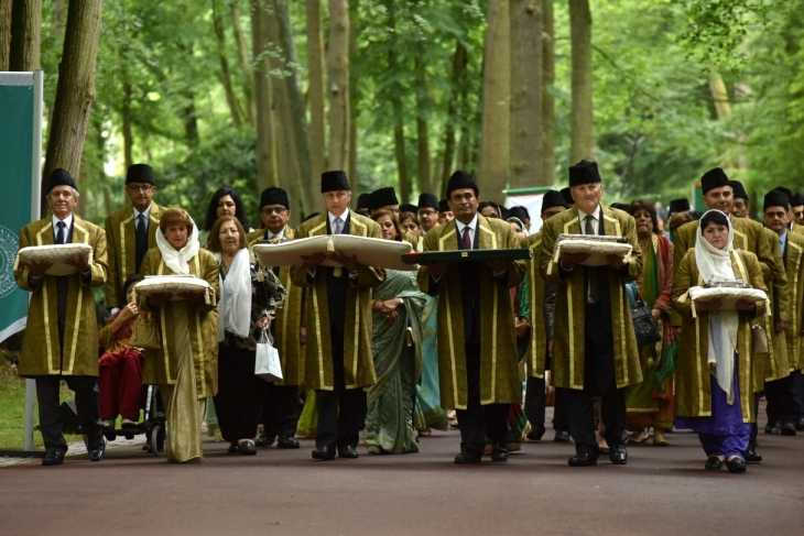 Photo Gallery: Diamond Jubilee Homage Ceremony