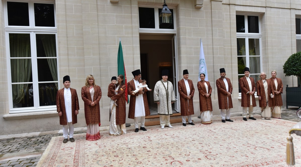 60 Years of Muslim Leadership: The Aga Khan's Diamond Jubilee