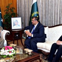 President of Pakistan lauds Aga Khan's development initiatives