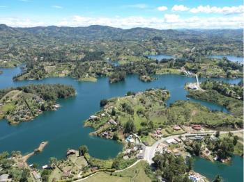 Ali Karim Travelog: Check out Colombia