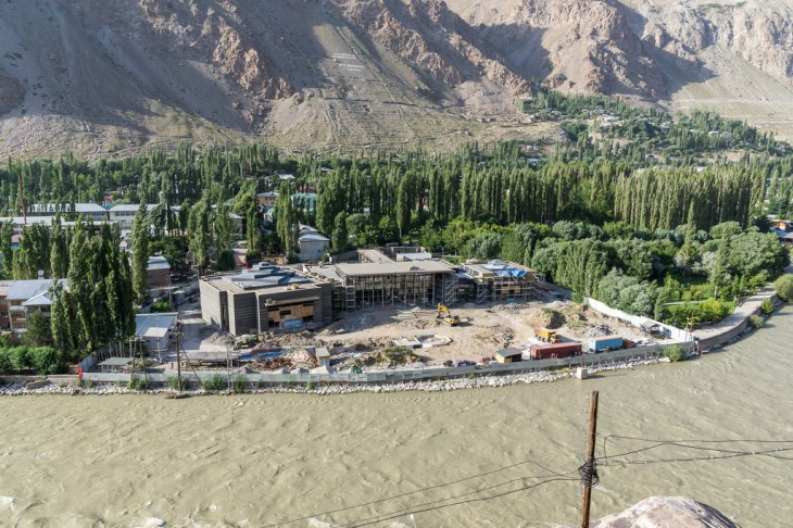 Aga Khan Foundation: Ismaili Centre Khorog under construction