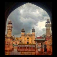 Restoring the glory of Wazir Khan Mosque