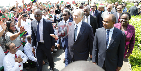 Photo Gallery: Grand reception as His Highness the Aga Khan arrives in Dar es Salaam, Tanzania