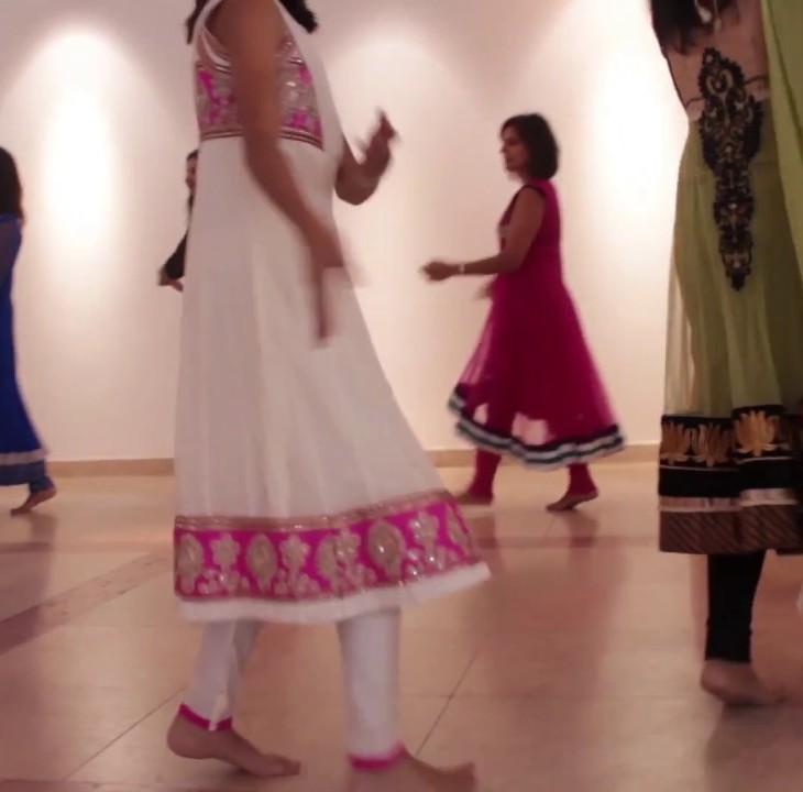 Sakhyan Raas Rachai by Shaheena Karim - One Jamat Garba - Dance Tutorial - Portugal