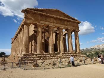 Ali Karim Travelog: Check out Sicily