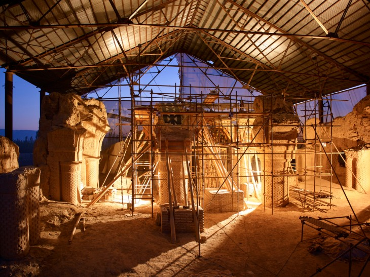 Restoration of Noh Gunbad, Balkh restoration projects, Aga Khan Historic Cities Programme, Afghanistan. | AKDN / Simon Norfolk