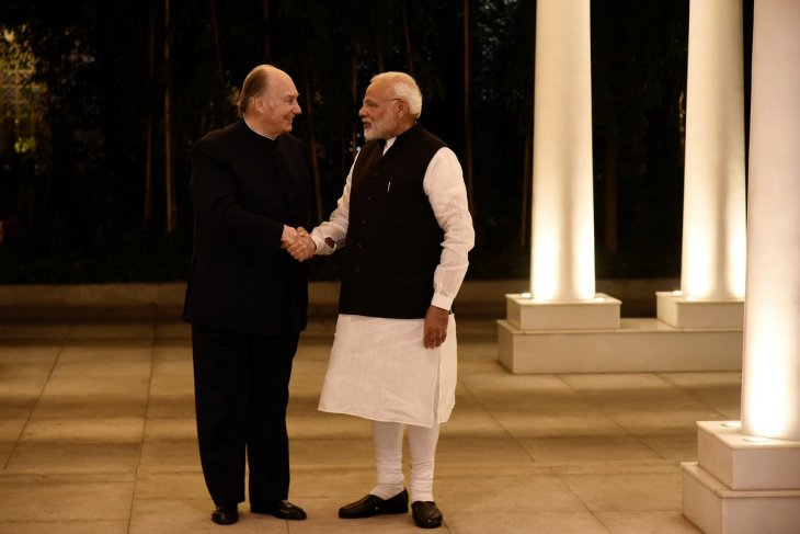 His Highness Prince Karim Aga Khan calls on PM Narendra Modi in New Delhi