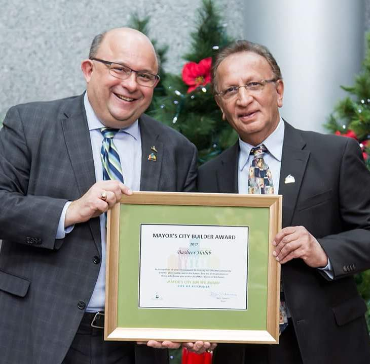 Basheer Habib receives Kitchener Mayor's City Builder Award