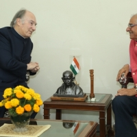 Aga Khan arrives in Ahmedabad, Gujarat on second stop of his 10-day official visit to India | Aga Khan Development Network