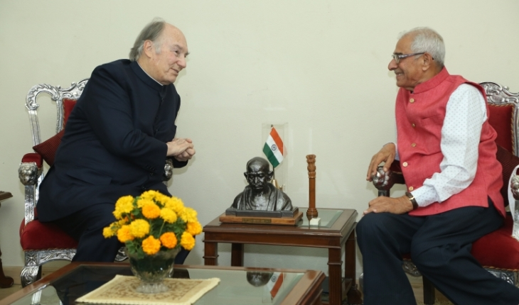 Aga Khan arrives in Ahmedabad, Gujarat on second stop of his