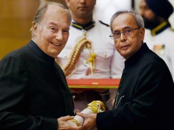 His Highness the Aga Khan receives Padma Vibhushan