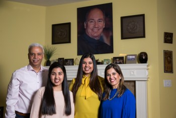 'He's always guided us': Dallas-area Ismaili Muslims show their devotion to the Aga Khan | Dallas News
