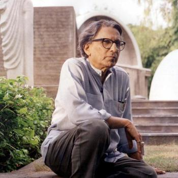 Pritzker Architecture Prize Ceremony to be held at the Aga Khan Museum Toronto - Goes to Low-Cost Housing Pioneer From India