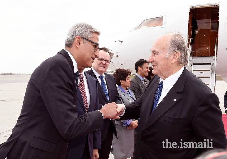 His Highness the Aga Khan arrives in Canada for the official Diamond Jubilee Visit (Video)