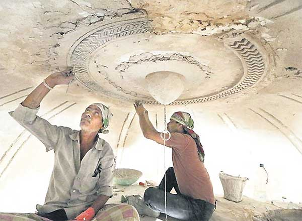 Restoration of Hakim's tombs nears completion in Hyderabad