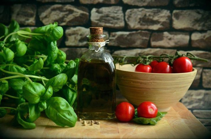 Shahzadi Devje: 10 Healthy Food Staples You Should Always Have In Your Kitchen   Forbes