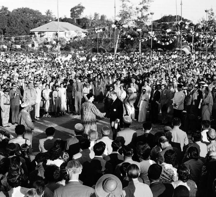His Highness the Aga Khan at the Takht Nashini held in Dar es Salaam, Tanzania, 19 October 1957