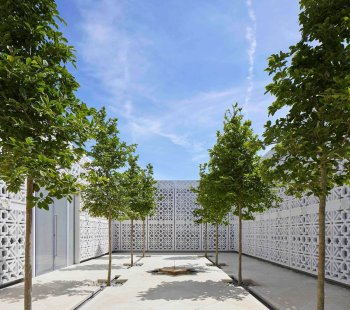 The Aga Khan Centre's Garden of Light: Inspired by the Islamic courtyards of Andalusia in Spain, this simple space is transformed throughout the day by changing light. The ribbon of marble that runs across the screens is inscribed with extracts from the Qur'an and Persian poetry.