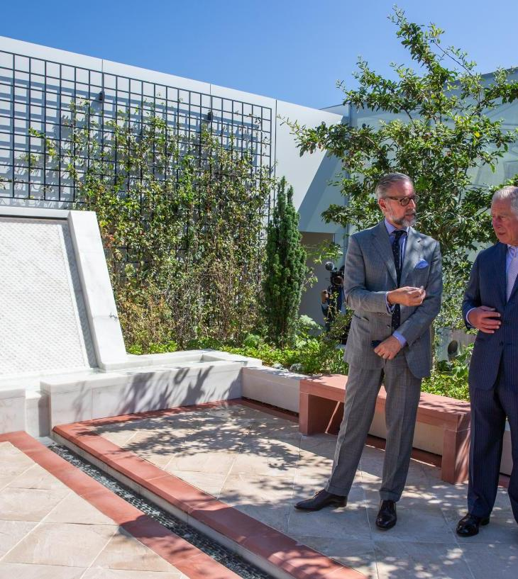 His Royal Highness Prince Charles and His Highness the Aga Khan discuss the features of the Garden of Life on the ninth floor of the newly inaugurated Aga Khan Centre with garden designer Madison Cox. | AKDN/Nayyir Damani